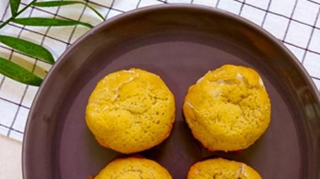 구수한 향이 살아 있는 담백함! 우리밀로 만든 건강 빵